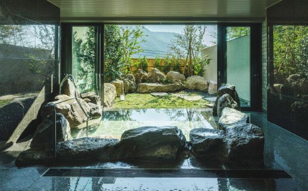 貸切風呂 岩の湯